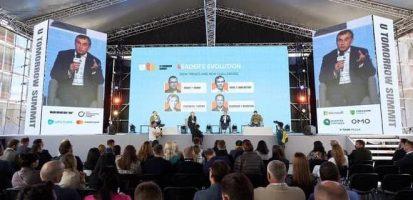 Перший заступник Голови правління ДІФКУ Сергій Шкураков відвідав  U TomorrowSummit (UTS)